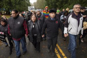 reuben_george_amy_george_grand_chief_stewart_phillip_-_burnaby_mountain_-_kinder_morgan_arrests_-_mychaylo_prystupa_-_2014-11-27_w3000-850x567